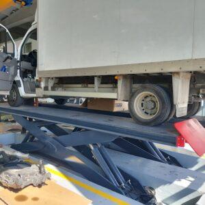 tijera vehículo industrial 9 tns